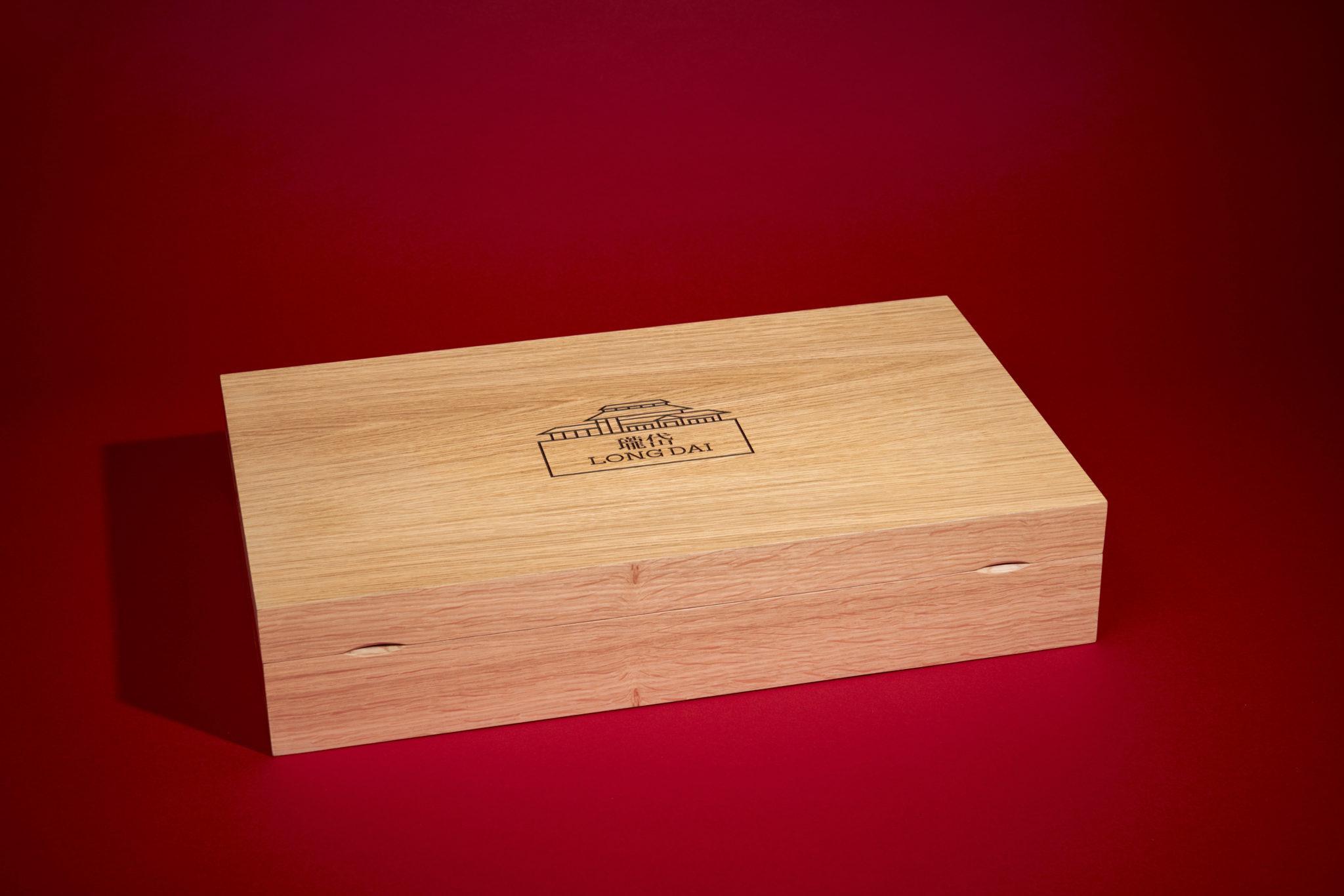 Photographie de caisses de vin