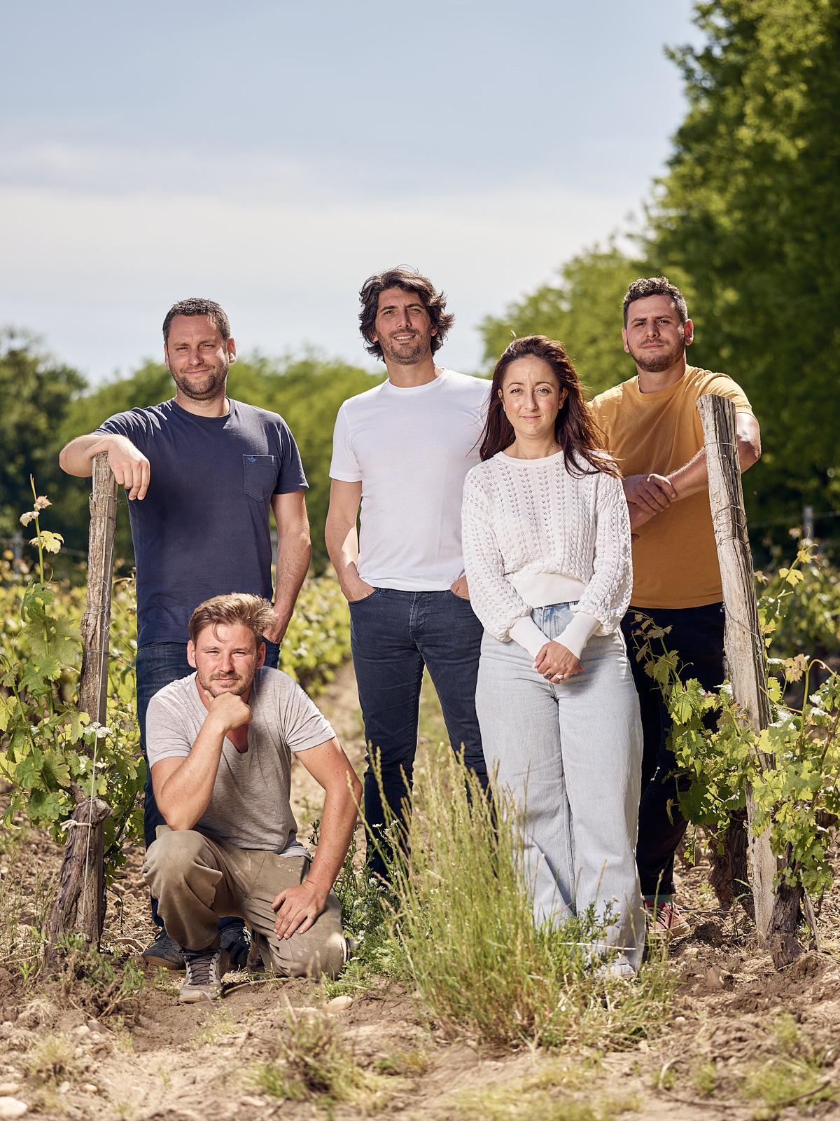 Photo d'équipe viticole