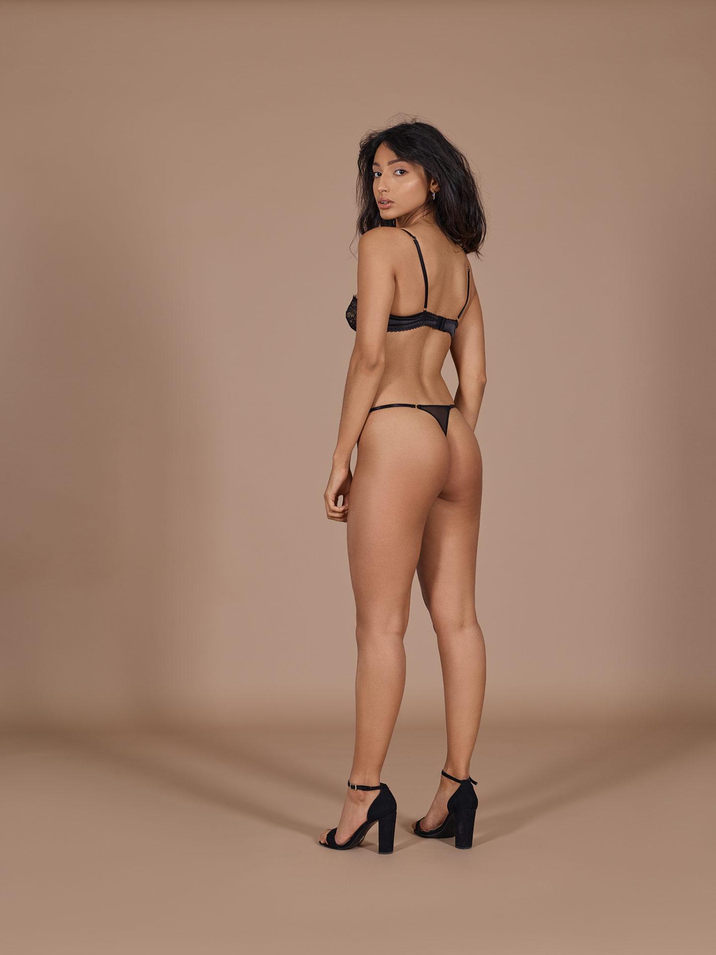 Photographe e-commerce lingerie portée